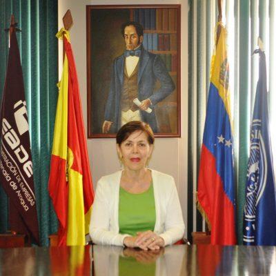 Directora de Estudios de Potgrado